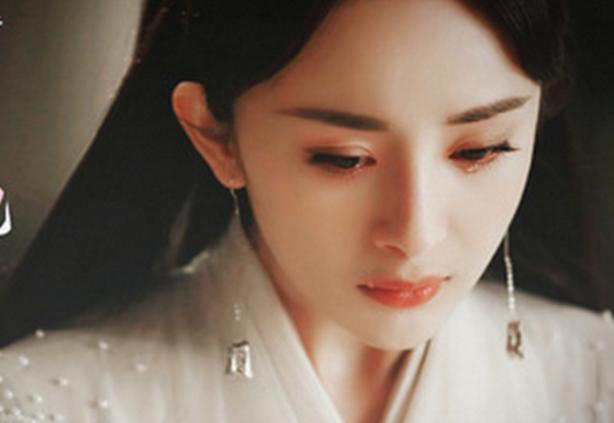 6位古装美女哭戏,郑爽古力娜扎上榜,但她更让人心疼!