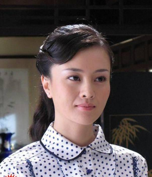 她姓刘图片_卓伟曾爆料的L姓女星, 刘涛背锅多年, 结果指的是她?