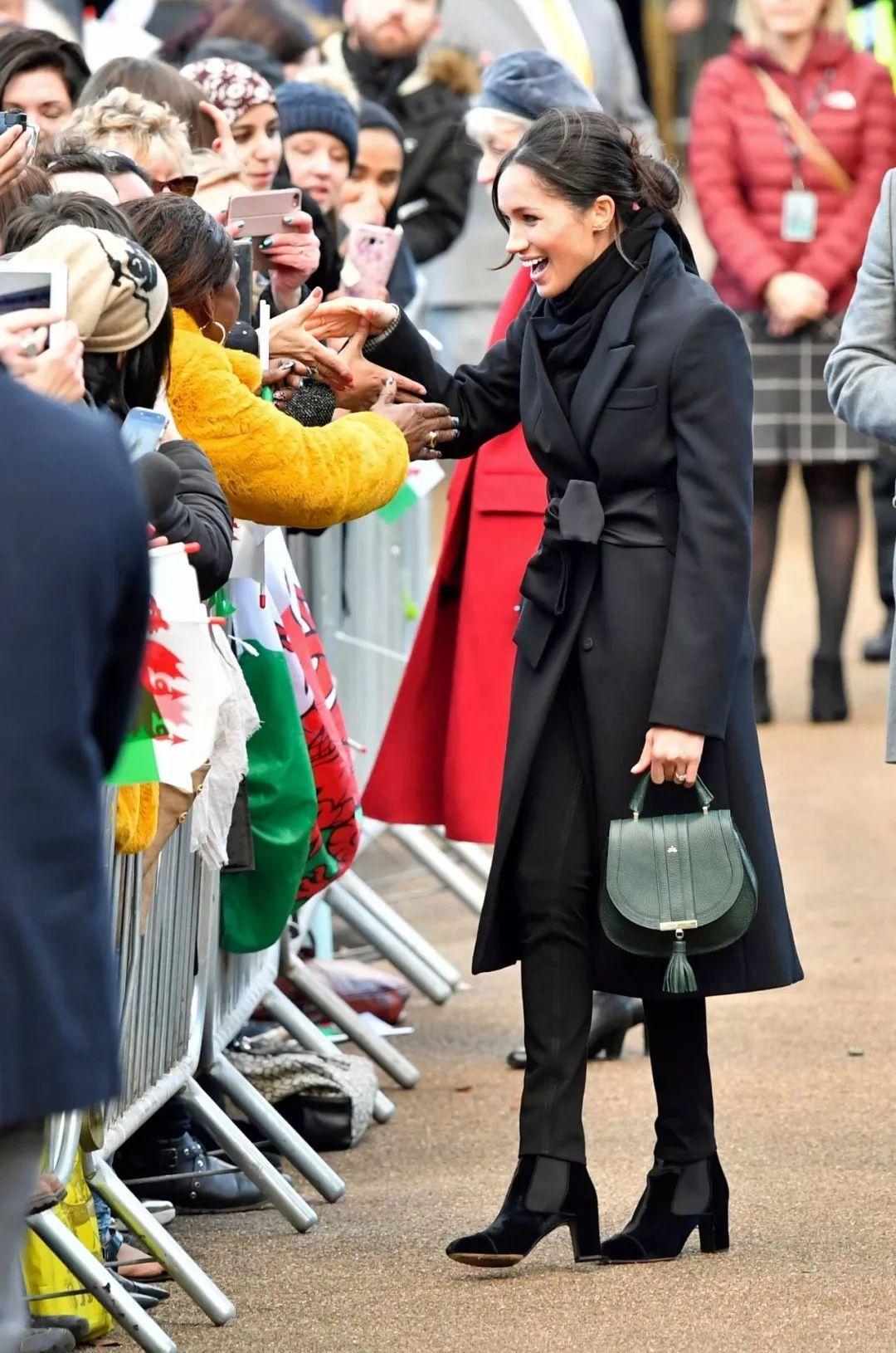 哈里王子大婚,王妃最爱的是Givenchy?