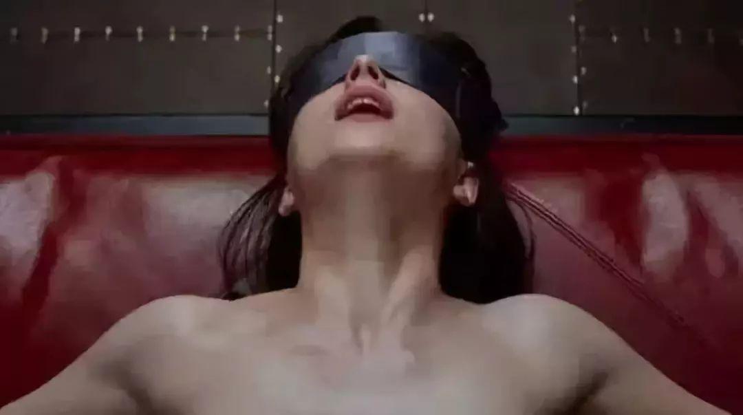 av电影_电影?av?还是诸如接吻眼镜,男士胸罩之类的奇葩发明?