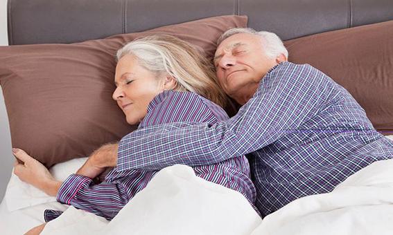 睡前干这些事等于慢性自杀,还不赶紧关注起来!