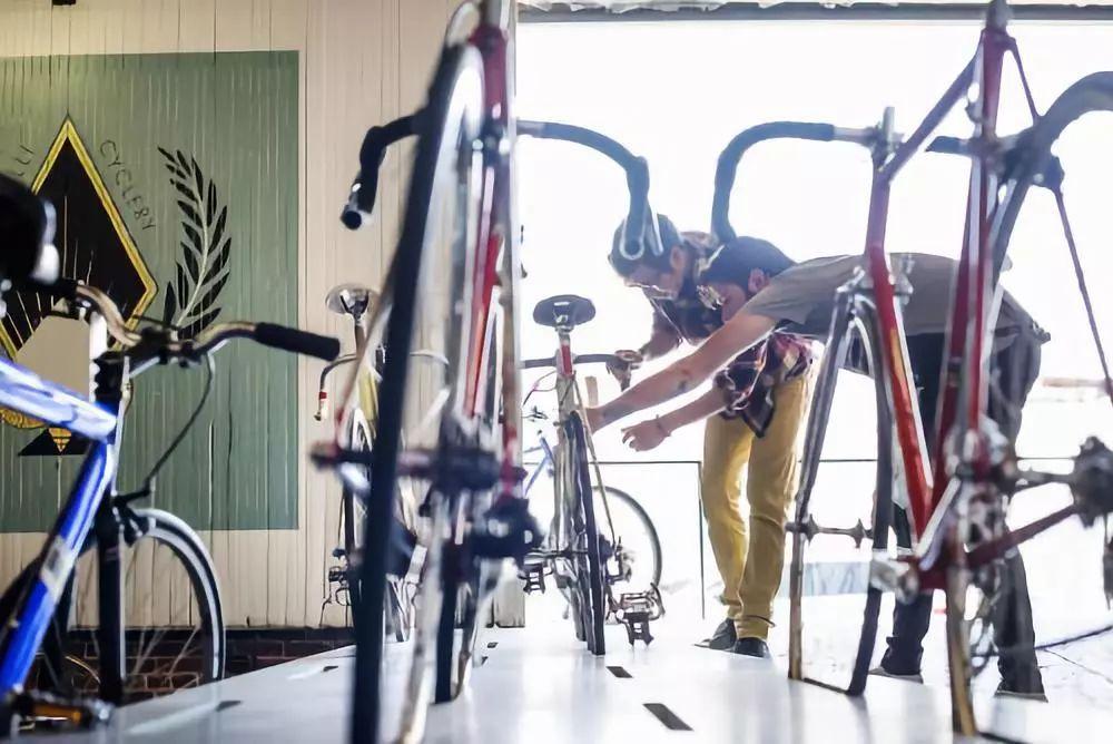 自行车快修指南:解决25个令人头疼的问题