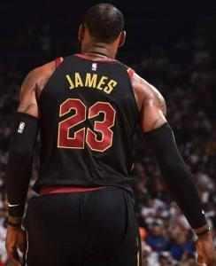 2000年之后NBA季后赛单场40+得分榜 詹姆斯独领风骚