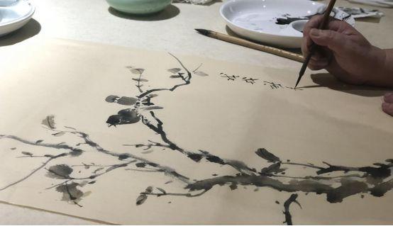 落笔神速,挥洒自如,伏案短短半神仙,目光炯炯的山雀,小时游走的墨虾长须鱼日本黄粉图片