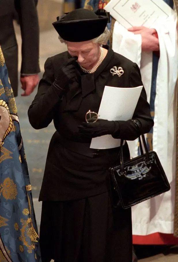 女王奶奶的智慧,凯特梅根应该好好学习