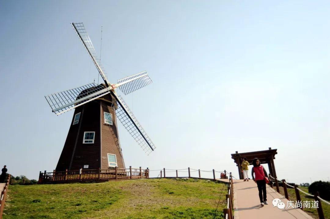 """海景和风车勾勒的风景画 巨济""""风之丘陵"""""""