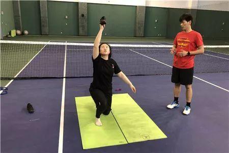 学校身体运动功能训练团队助力中国射击队