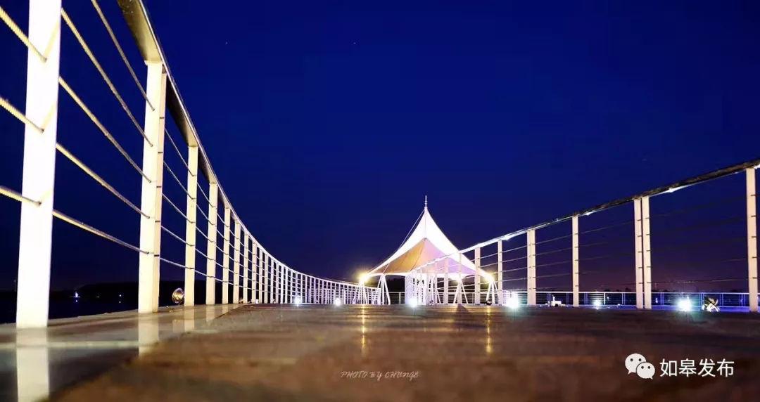 红十四军纪念馆 看长青沙油菜花海 汽车博物馆镶嵌在晚空中 这一头到