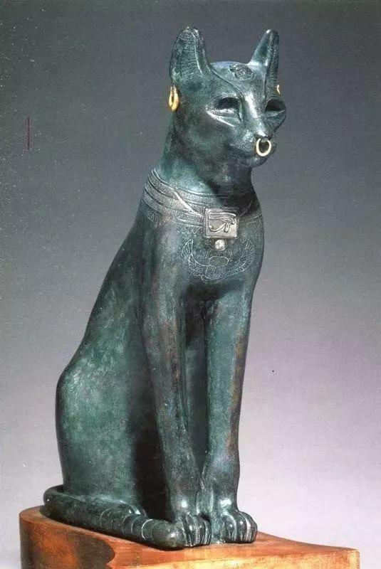 埃及后王朝时期 猫神贝斯特青铜像