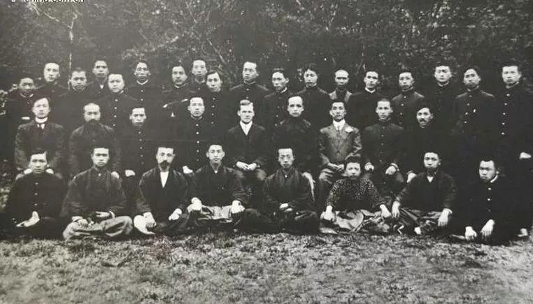 清末留學日本人數高達八千,振興中華為什麼選擇日本