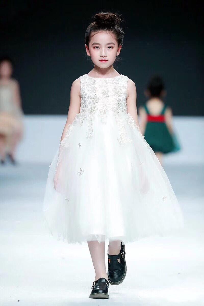 车展模特开业庆典模特展示,少儿模特品牌代言,中国模特新品发布会