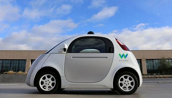 吉利自动驾驶安全为先,十年计划解题10亿公里路测