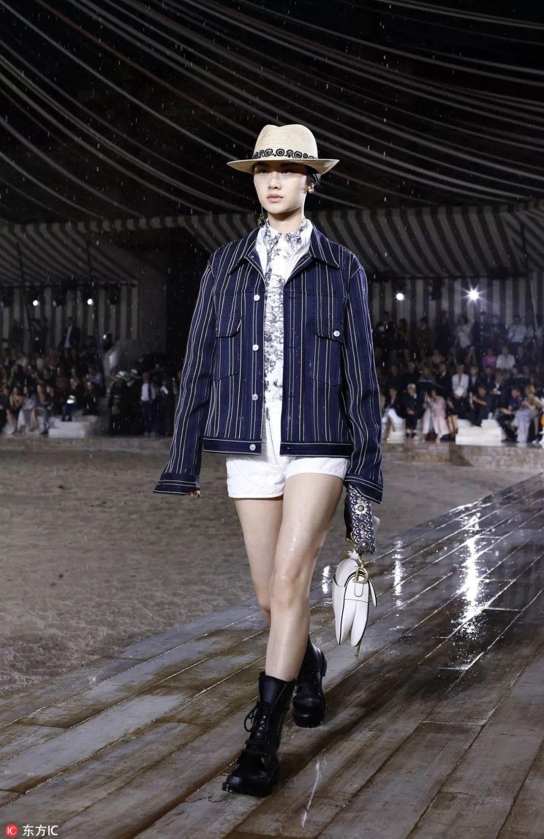 就算大雨把城市颠倒,我也要和Dior去看2019早春大秀