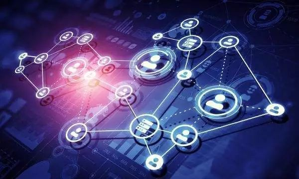 行业现状 电子信息产业是一项新兴的高科技产业,随着计算机,互联