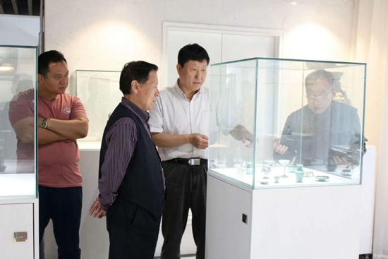 刘红军会长到河南新乡等地拜访砚界朋友,共商编典大事