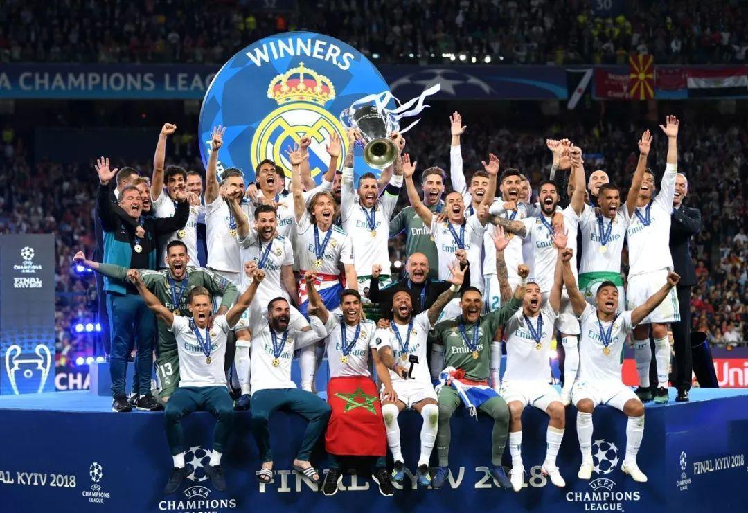 最终皇家马德里(以下简称皇马)击败利物浦捧得欧冠奖杯,成为了欧冠图片