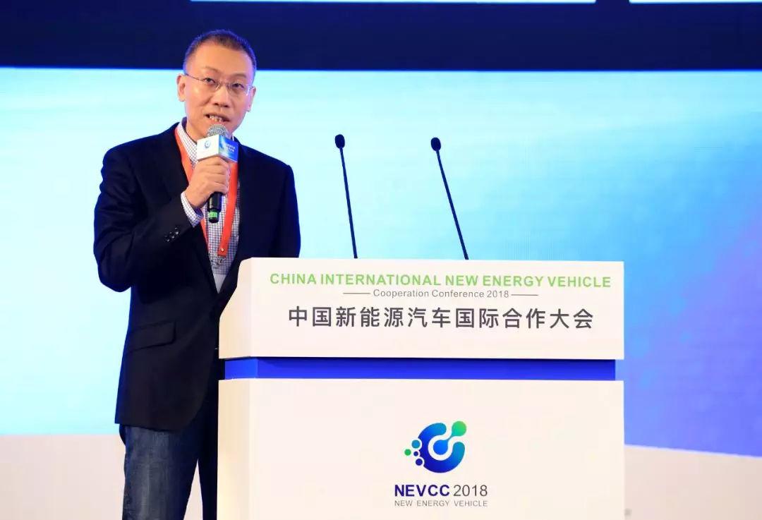 朱明:新能源汽车离不开物联网和通信!