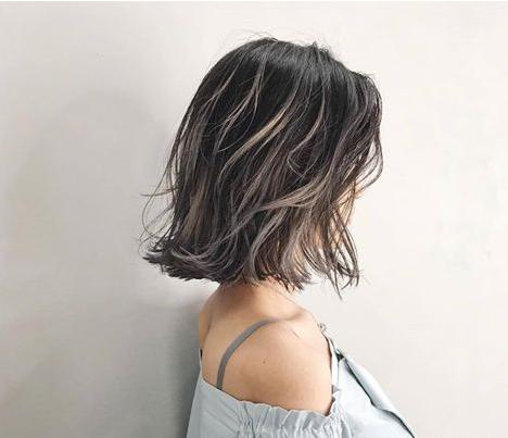 慕洋老师盘点当下日本最流行的空气感微卷短发发型新趋势图片