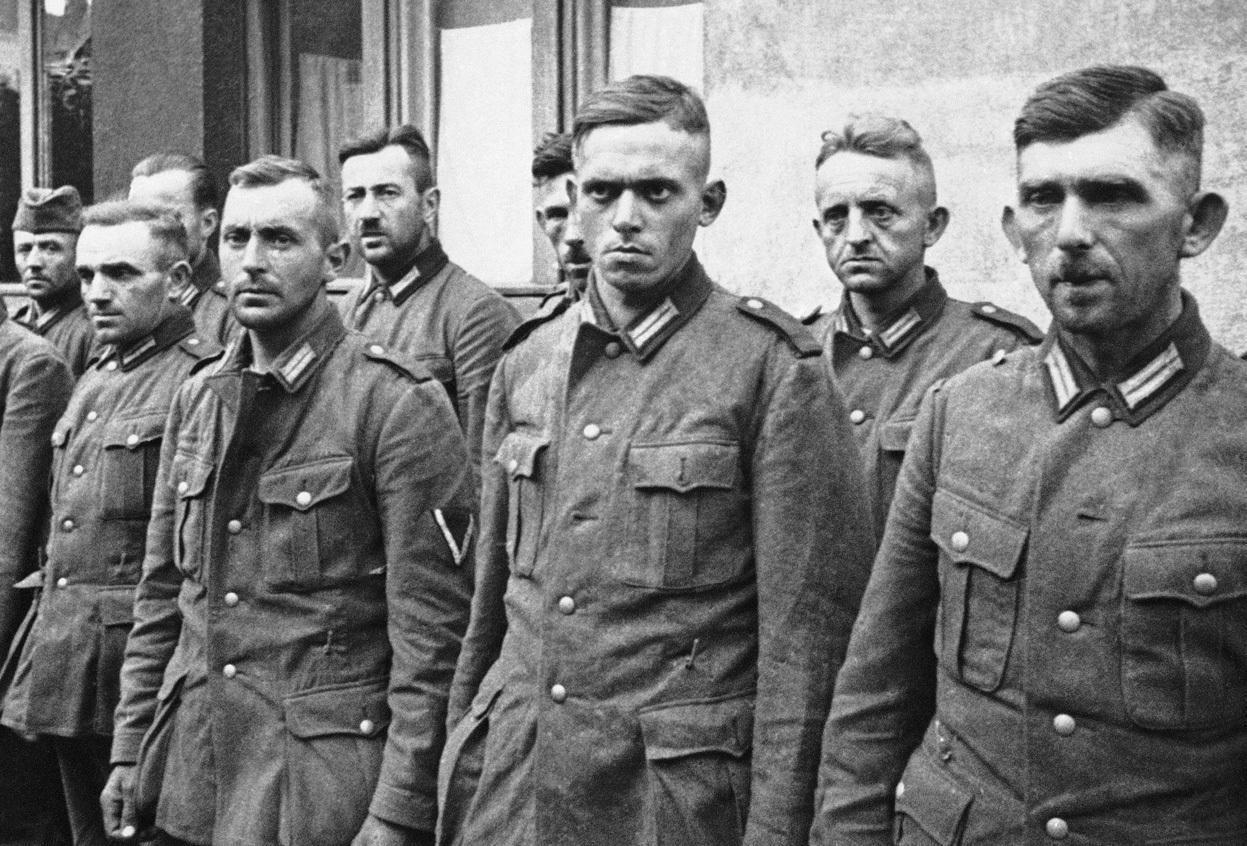 二战中党卫军到底什么水平 连德军国防军的将领都瞧不起他们