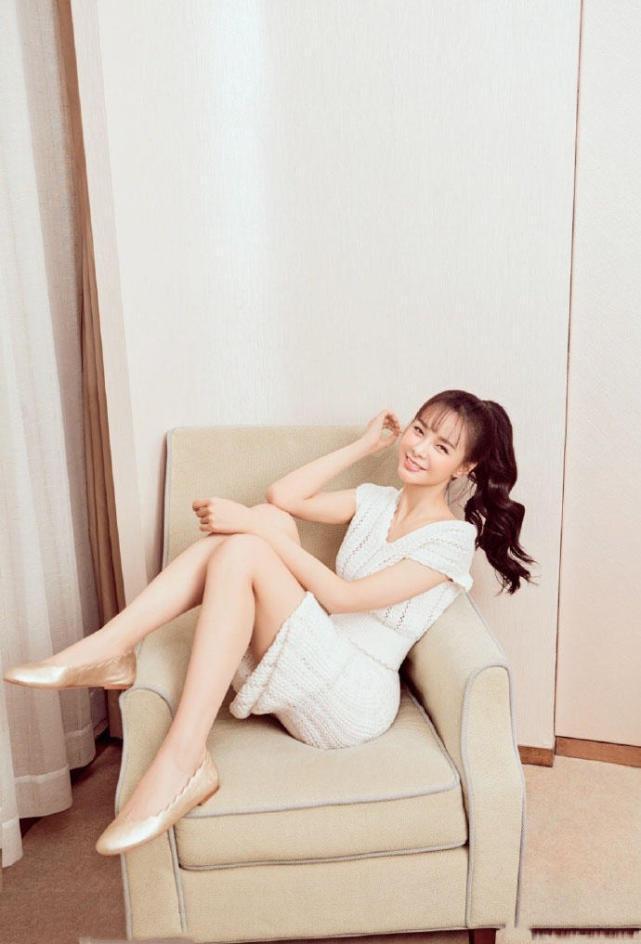 自从沈梦辰与杜海涛在一起后,越穿越奔放性感,网友 杜海涛喜欢图片 49589 641x944