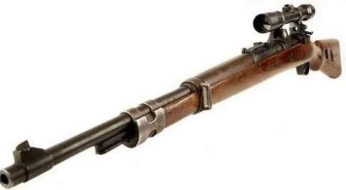 从1935年开始服役,直到二战结束前都是纳粹德军的制式步枪.