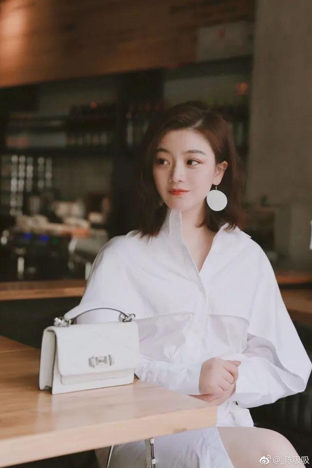 时尚 正文  by 瑞丽杂志专属模特@王艳丽呀