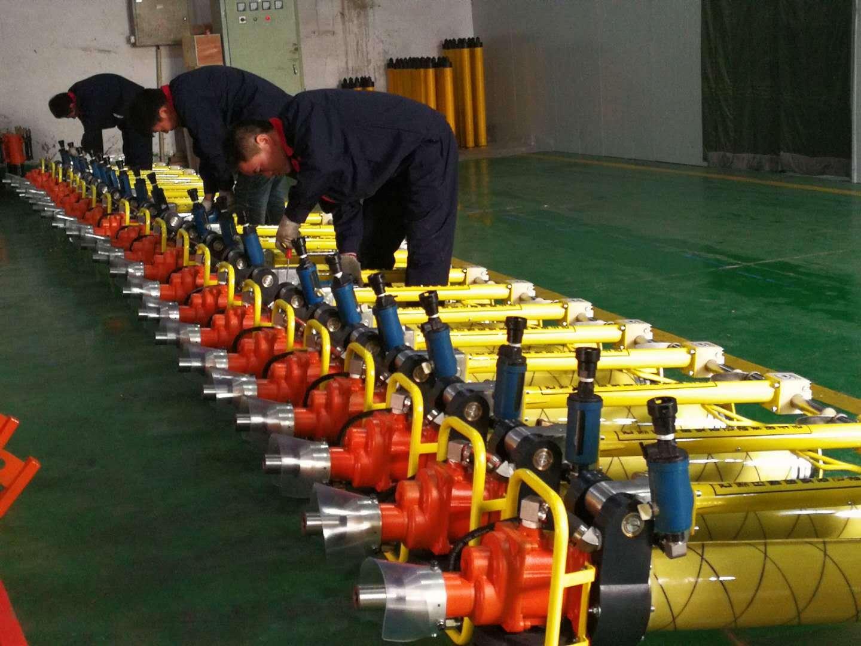 2018常见气动锚杆钻机如何选型?墨隆煤矿教你一招!图片
