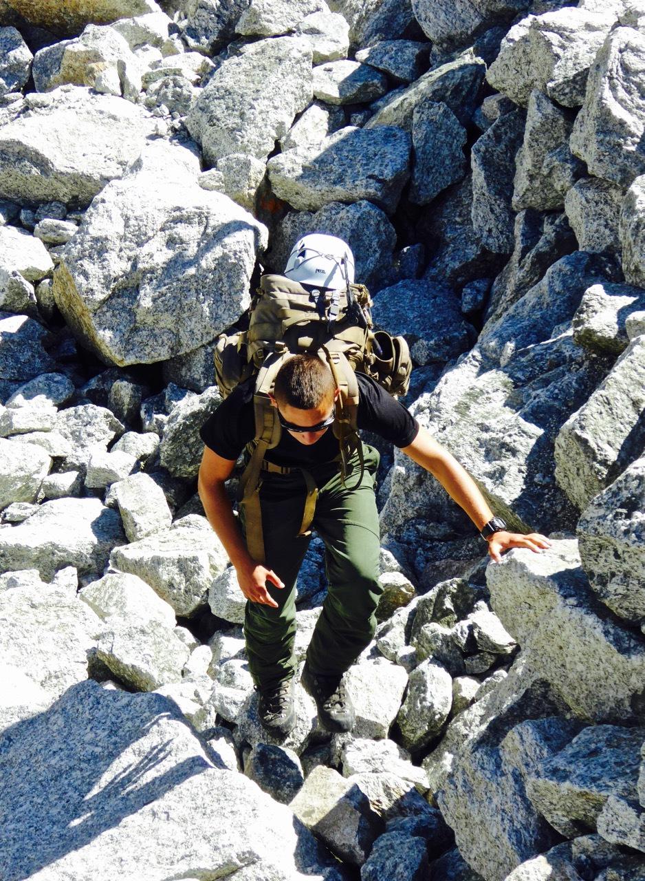 在阿尔卑斯山与冰山来客擦肩而过