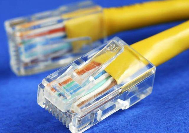 网线水晶头线序接法图解,以及百兆和千兆接线的区别