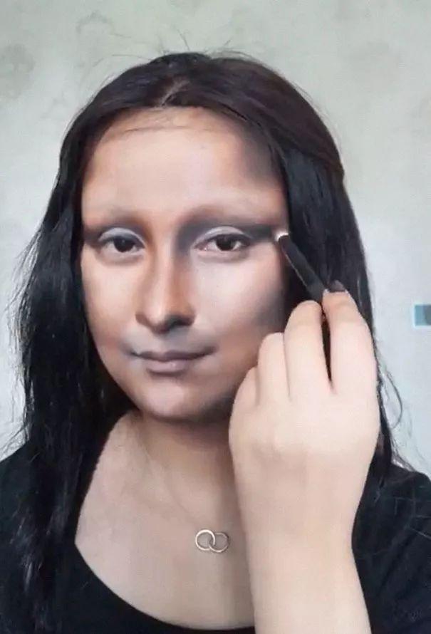 会化妆的女生太可怕了!抖音小姐姐仿妆,神还