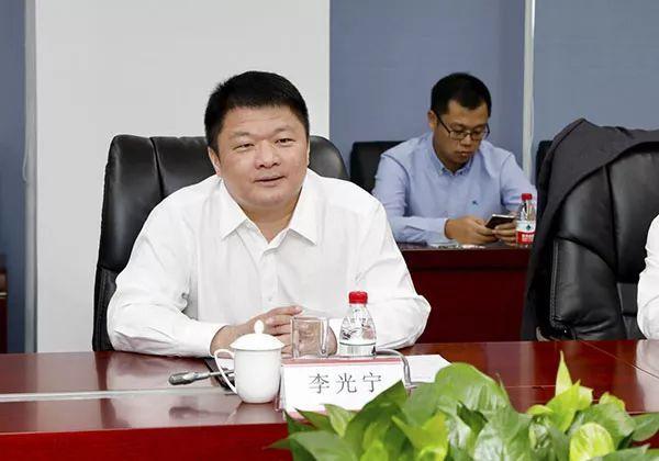 歌华集团党委书记,总经理李丹阳和华发集团董事长李光宁对双方的合作