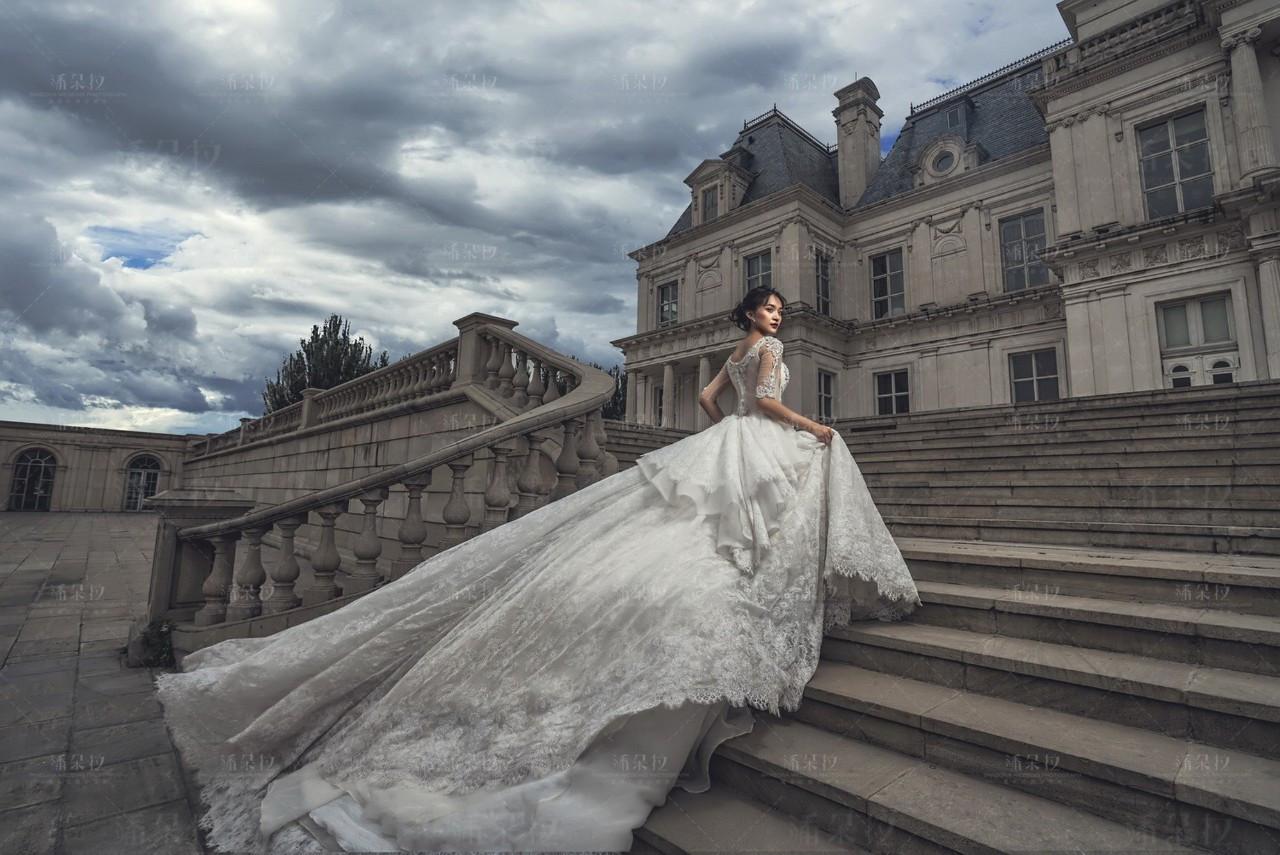 拉斐特城堡婚纱照_拉斐特城堡内部图片