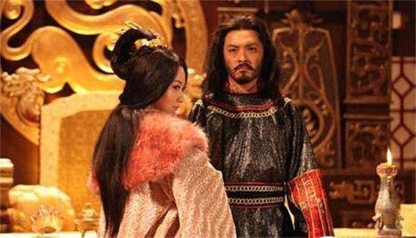 杀了杨广,睡了杨广的女人,只为当一天皇帝,