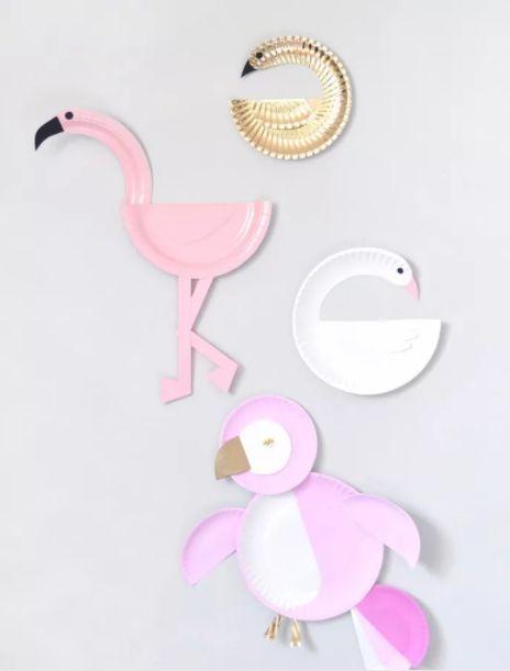蛋糕盘天鹅和小动物 制作步骤图解: 卷纸筒五彩天鹅