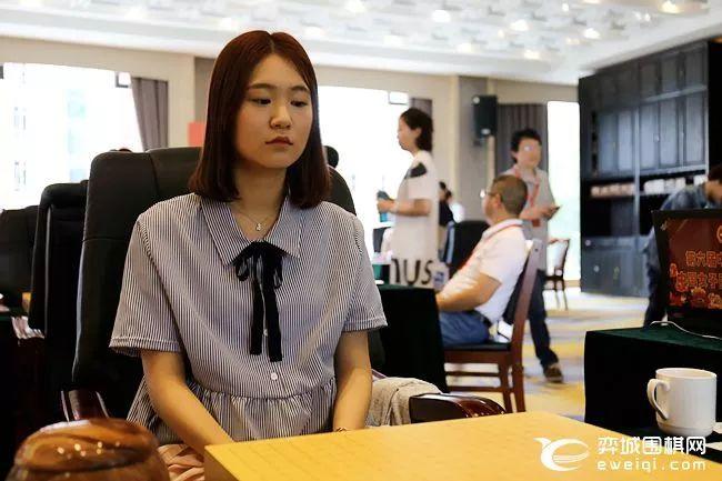 女甲第7轮组图 於之莹vs吴侑珍 黑嘉嘉vs唐奕