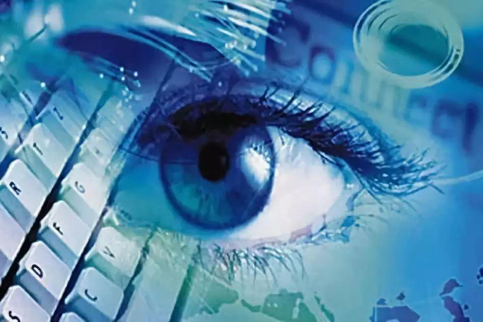 """许可:大数据产业发展的法律""""双轮驱动"""""""