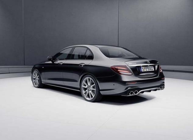 搭载9AT44秒破百这才是集美貌与才华于一身的德系豪华性能车