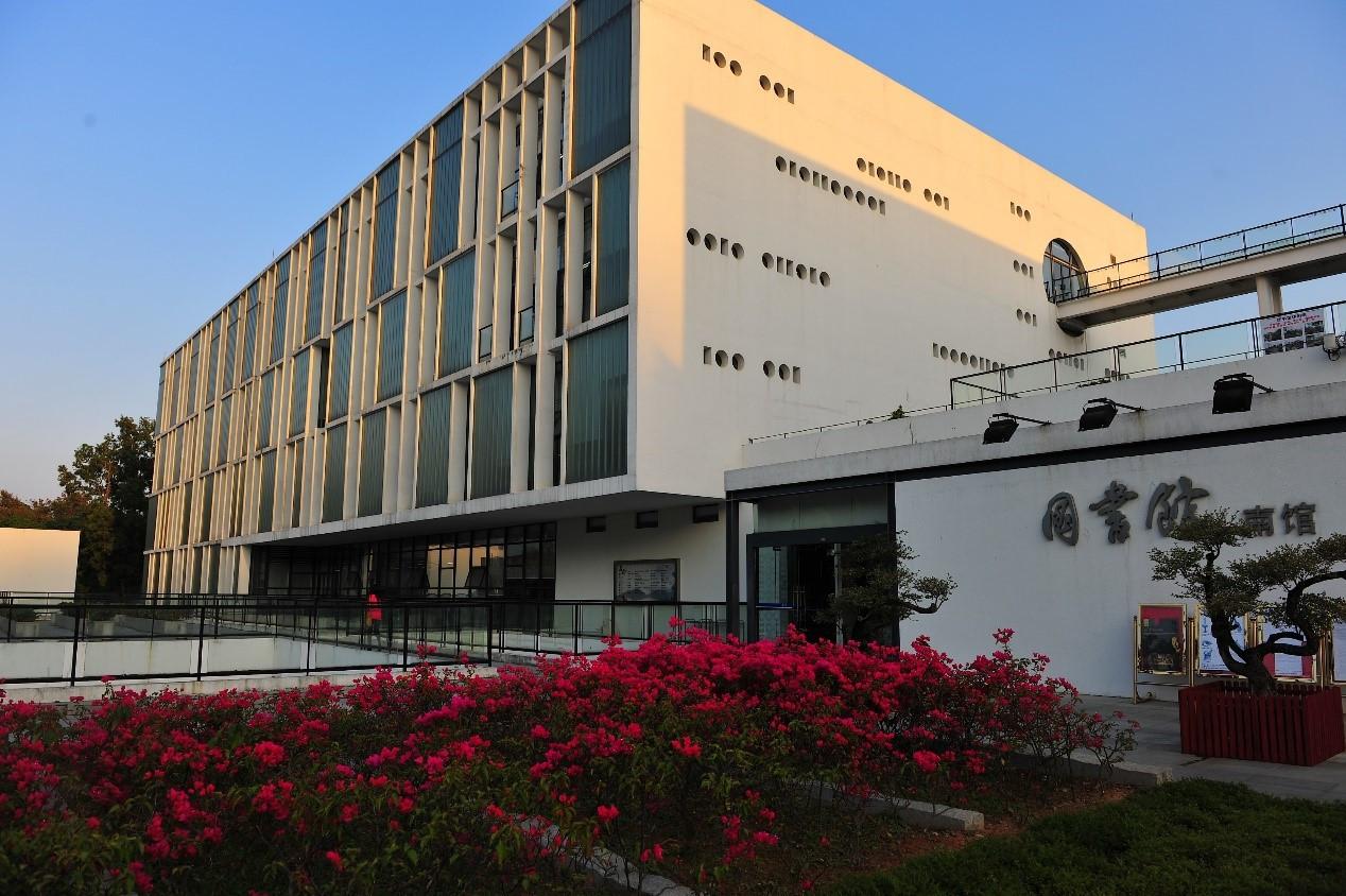 深圳大学2018年新增6个招生专业!招生总计划达6600人图片