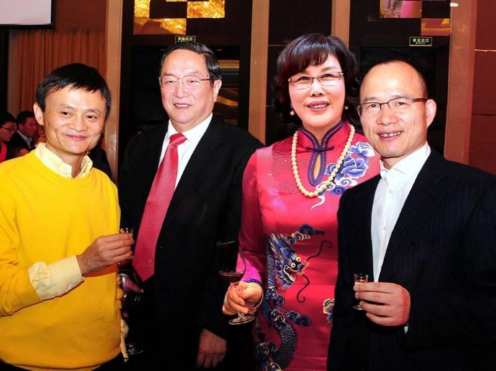 """除了共同投资宝宝树,""""铁瓷儿""""郭广昌和马云还有过这些合作"""