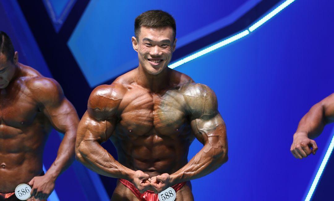 男子传统健美90公斤级决赛裁判打分表,实名实分公布图片