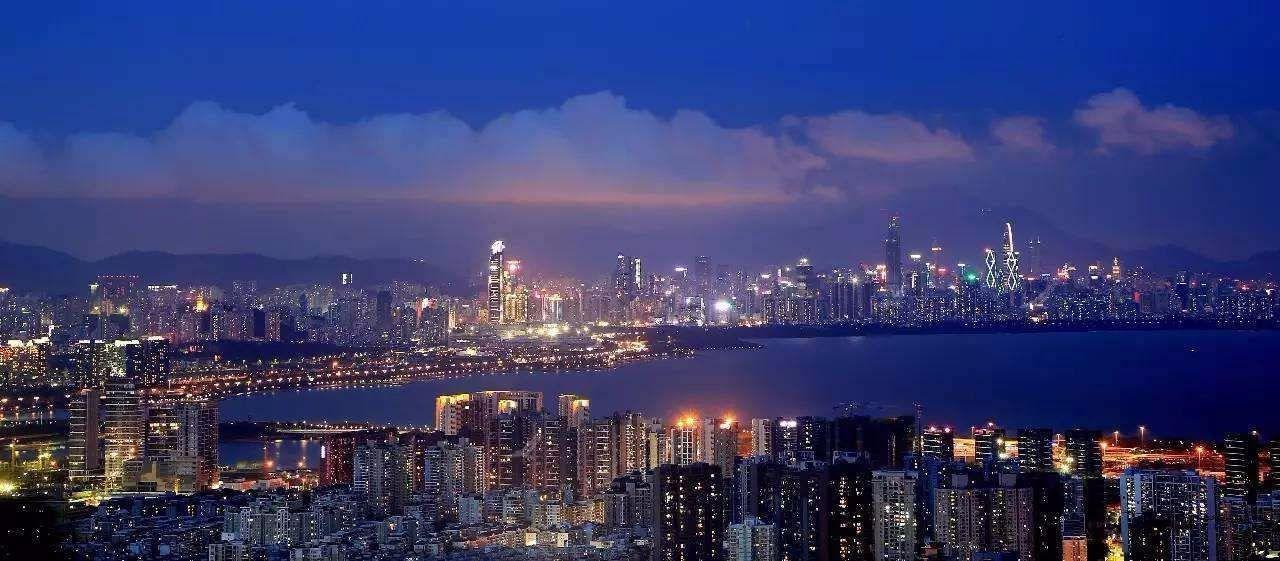 中国土地含金量最高的一个城市,地均GDP高达9.76亿元,超过上海