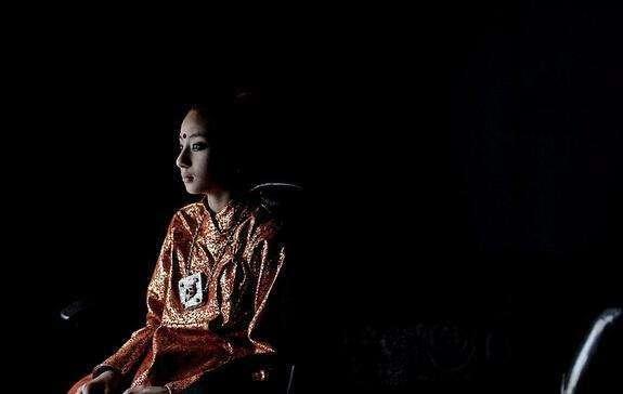 尼泊尔有种女孩,太漂亮没人敢娶!