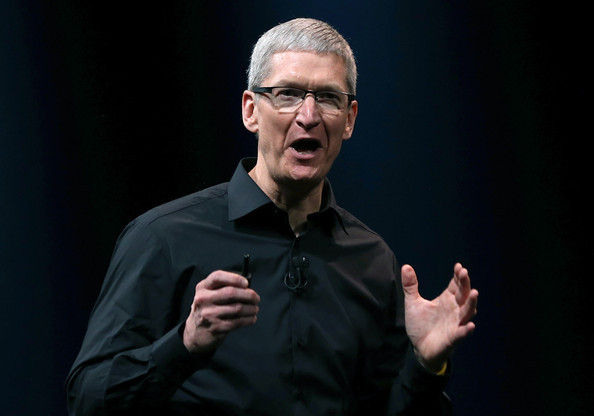 果粉终于放下心头大石:库克称iPhone不会因中美