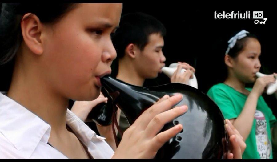 用音乐为盲童筑梦欧洲媒体点赞中国最美教师