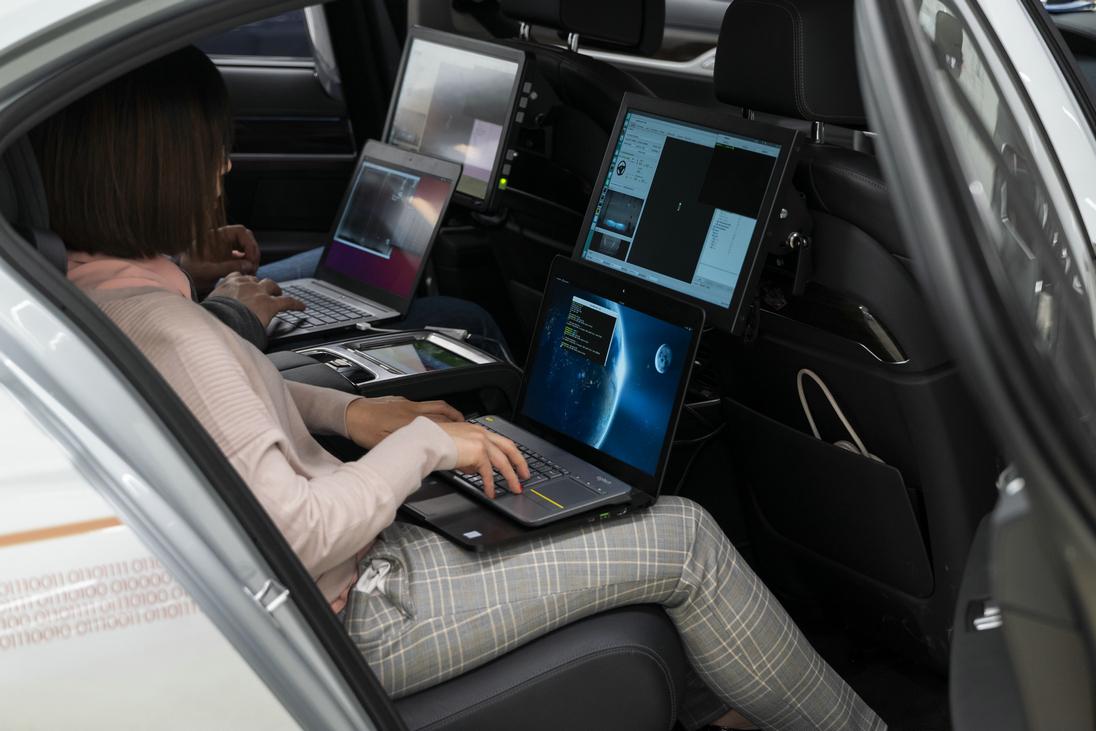 创新里程碑自动驾驶新进展