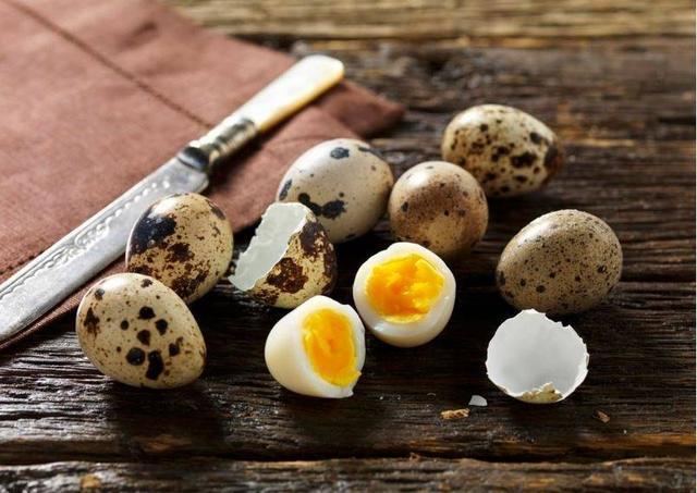 鹌鹑蛋这样煮才好吃,营养健康又美味,三分钟包你学会!
