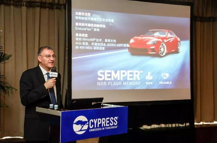 智能驾驶正在重塑产业链,这家芯片公司被动开启了车载闪存的蓝海时代