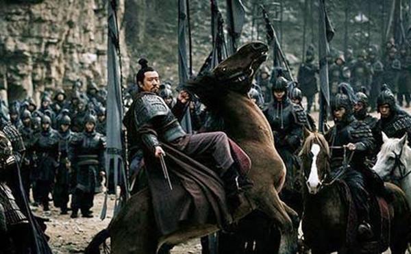 三国深藏不露的七大神箭手,关羽张飞只能垫底,刘备却能排第二