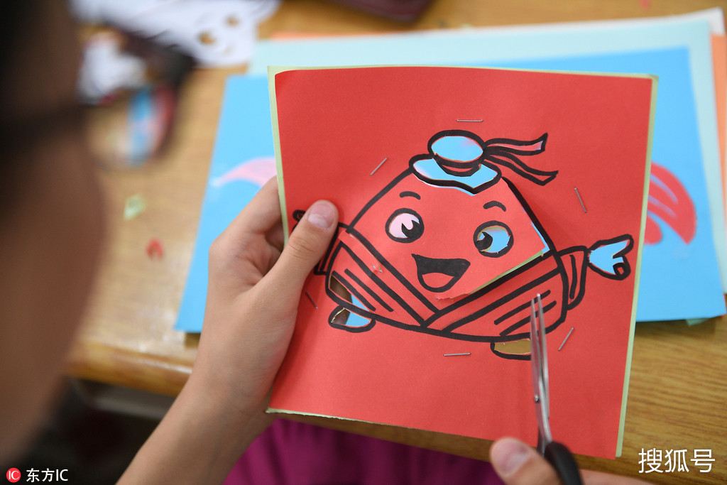 """小学生手工制作创意""""粽子"""" 迎端午!"""
