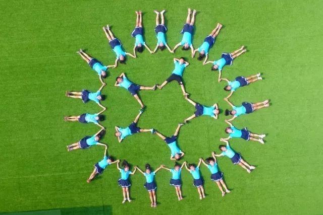 幼儿园的创意毕业照就该这样拍,每一张都超有爱!图片